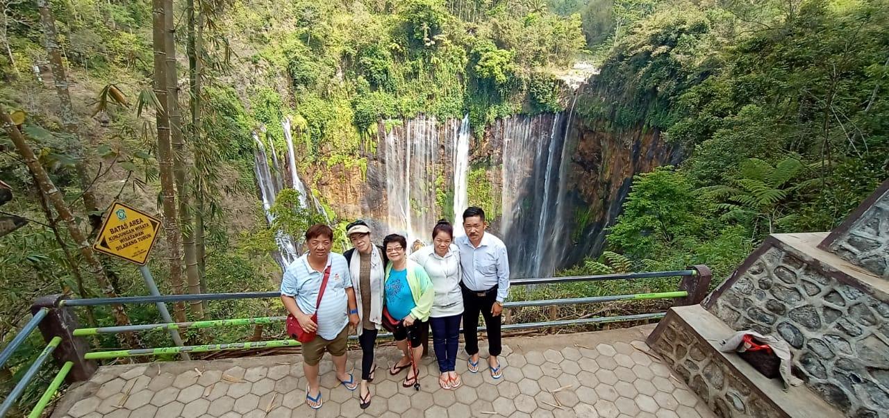 View Tumpak Sewu Waterfall